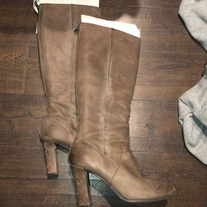 Super sexy high heeled Boots with zip back